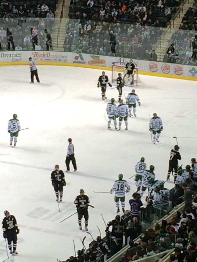 und - hockey2